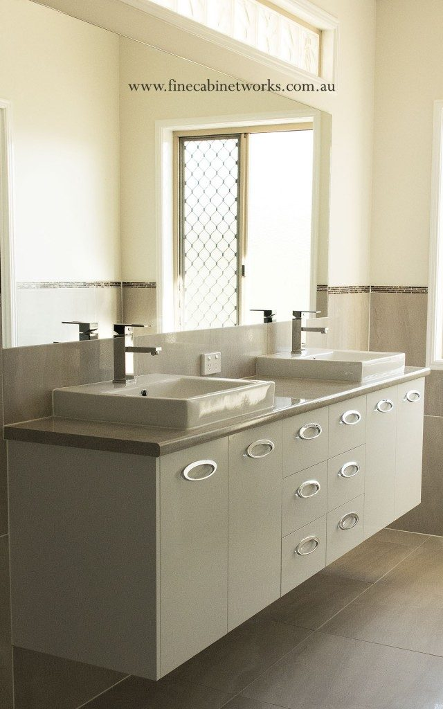 custom built bathroom cabinets